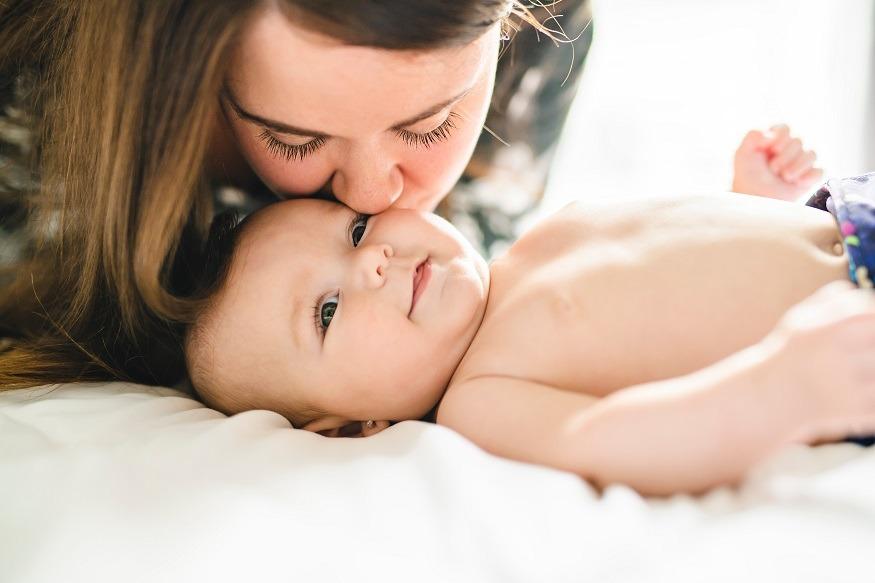 baby en moeder